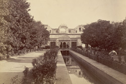 Garden of the visitors' residence at Patiala